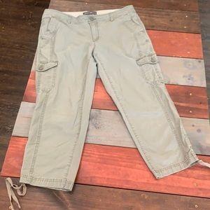 Eddie Bauer Olive Cargo Short Pants Size 10